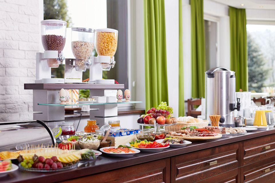 Hotel Smile Szczawnica - bufet śniadaniowy